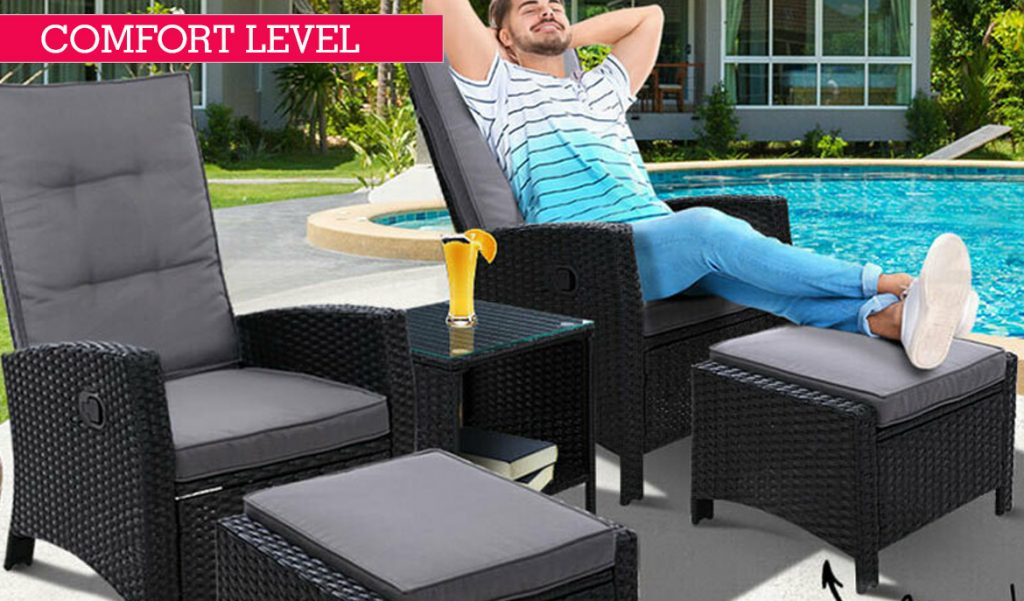 outdoor chairs and loungers
